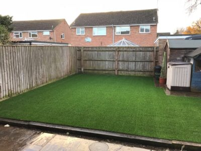Tidy finish to this garden