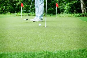 Playing Golf on Artificial Grass